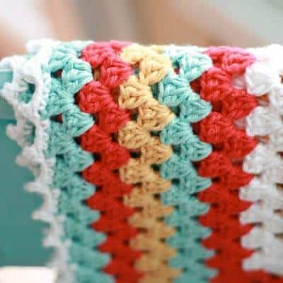 29bf4dc33b Simple Crochet Baby Blanket - Daisy Cottage Designs
