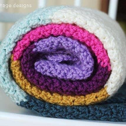 Color Block Ripple Blanket