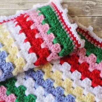 Free Crochet Pattern Granny Stripe Blanket Tutorial Daisy