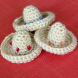 Mini Sombrero Crochet Pattern {Happy Cinco de Mayo}