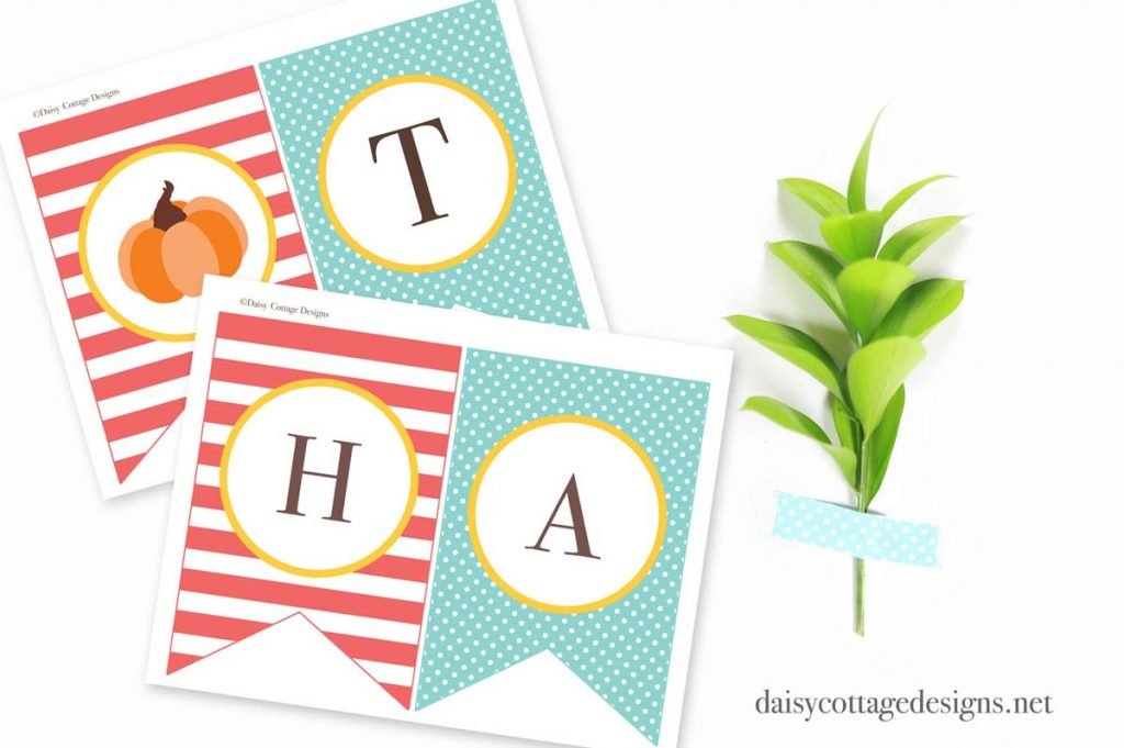 This bright and fun printable Thanksgiving Banner is something the whole family will enjoy! This free printable from Daisy Cottage Designs is a great way to decorate for Thanksgiving.