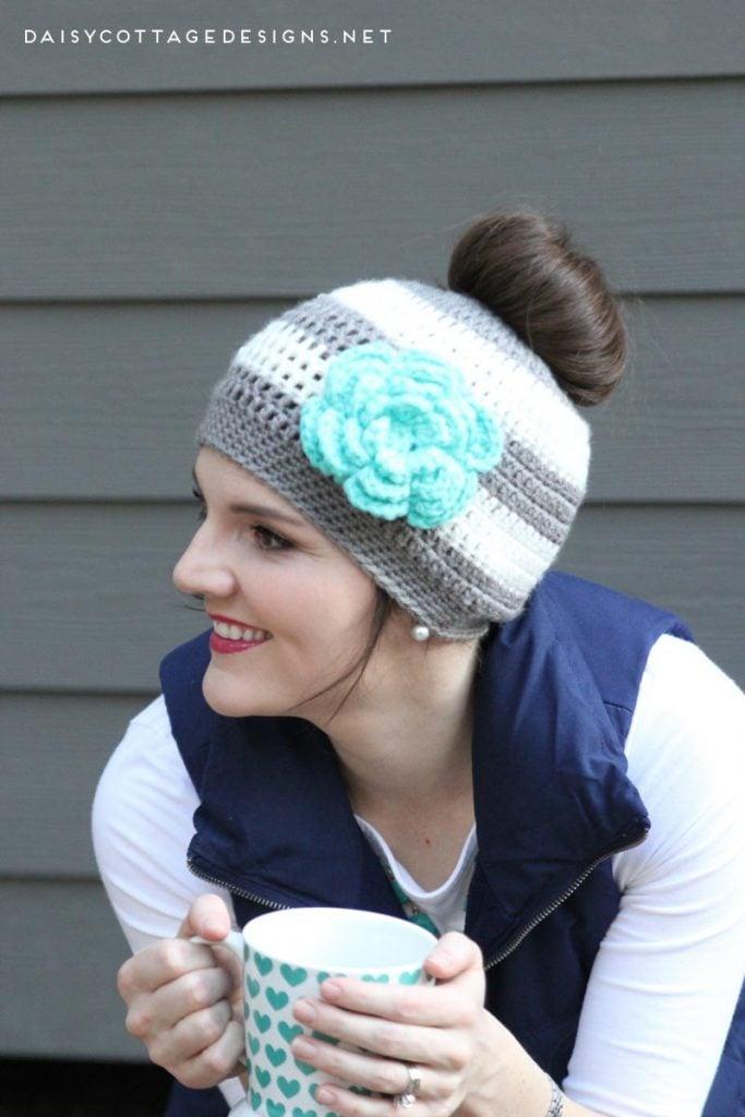 280e4337ecd52 Ponytail Hat Crochet Pattern Messy Bun Hat Pattern - Daisy Cottage ...