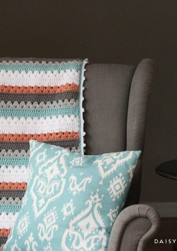 Crochet Blanket Pattern: A Quick & Simple Pattern