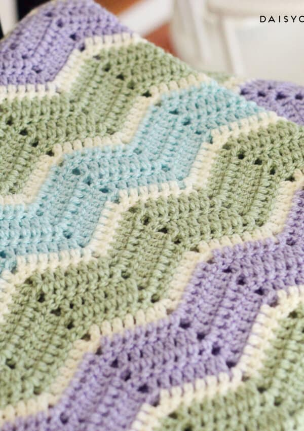 Easy Chevron Blanket Crochet Pattern