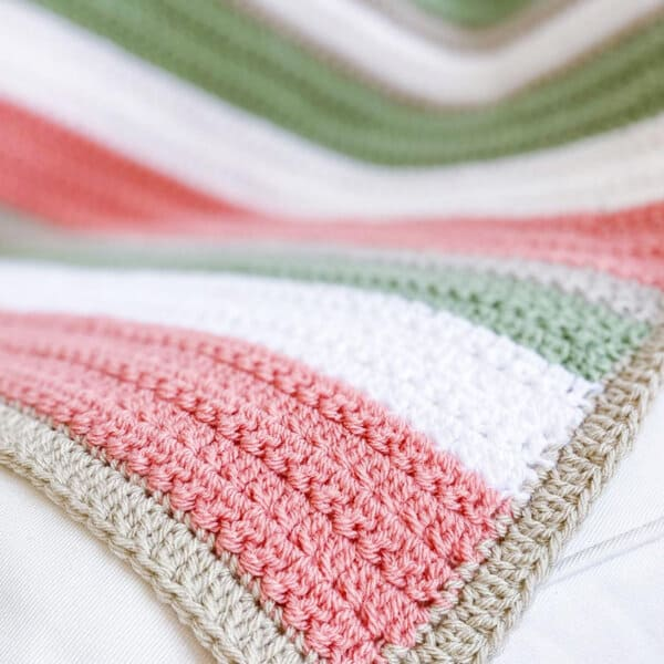 Quick and Easy Crochet Pattern –  Easy Crochet Blanket with Texture