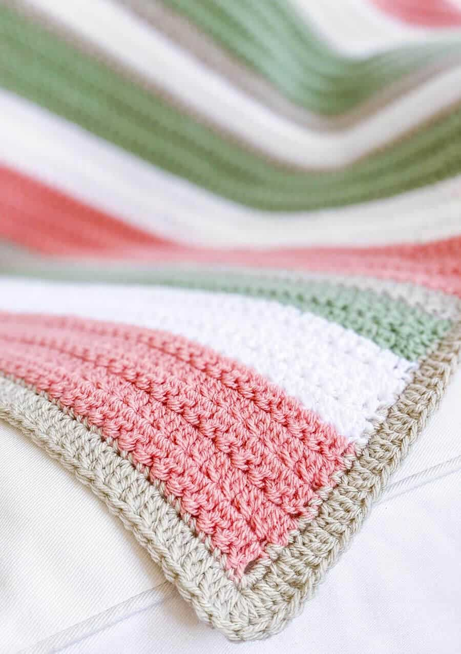 Quick And Easy Crochet Pattern Easy Crochet Blanket With Texture Daisy Cottage Designs